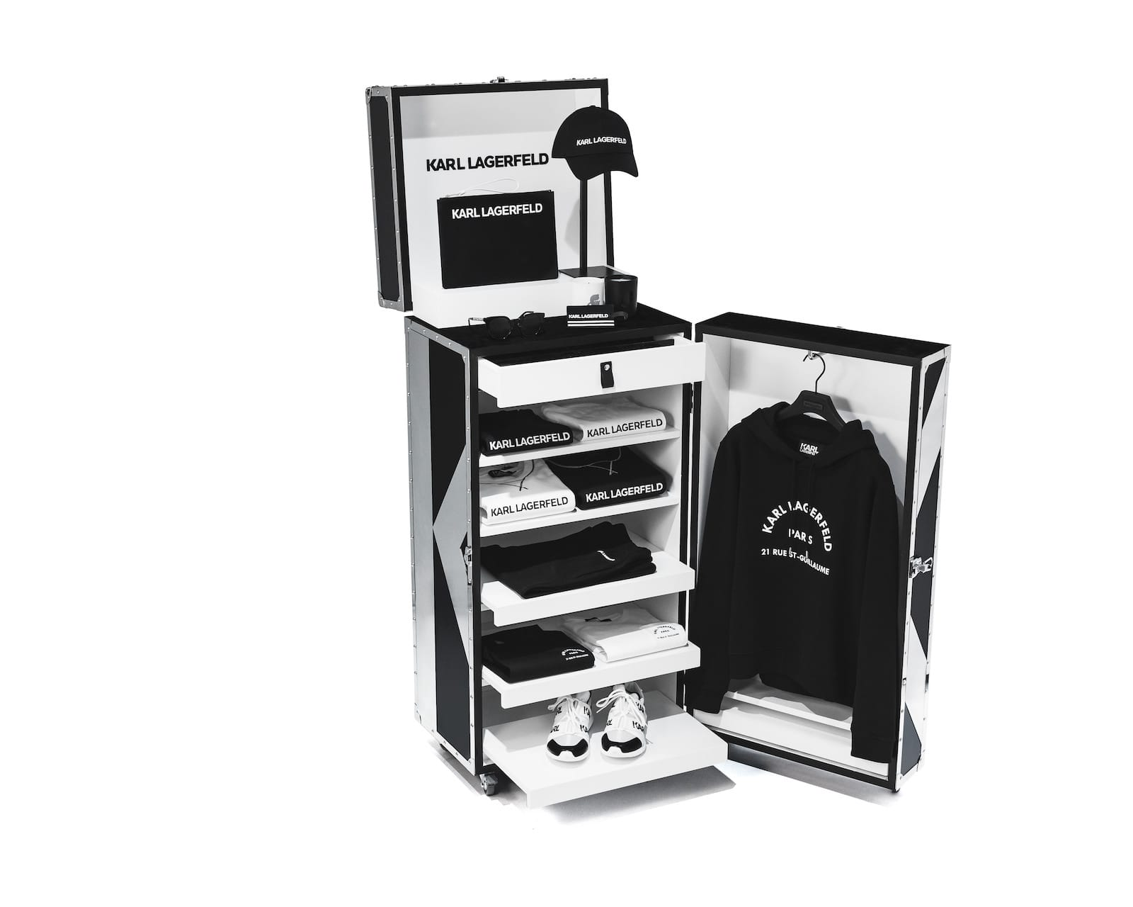 "KARL LAGERFELD INTRODUCES ""KARL ESSENTIALS"" COLLECTION"