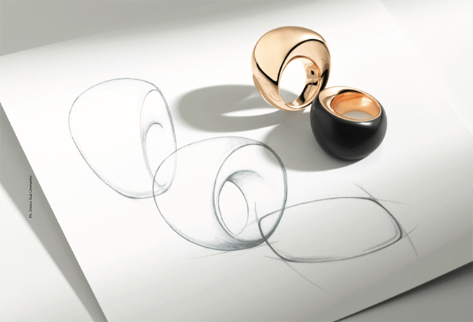 Vhernier celebrates the calla's 20-year anniversary. The refined beauty of a single element