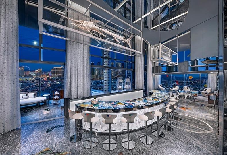 Что скрывает самый дорогой гостиничный номер, созданный Дэмиеном Хёрстом?