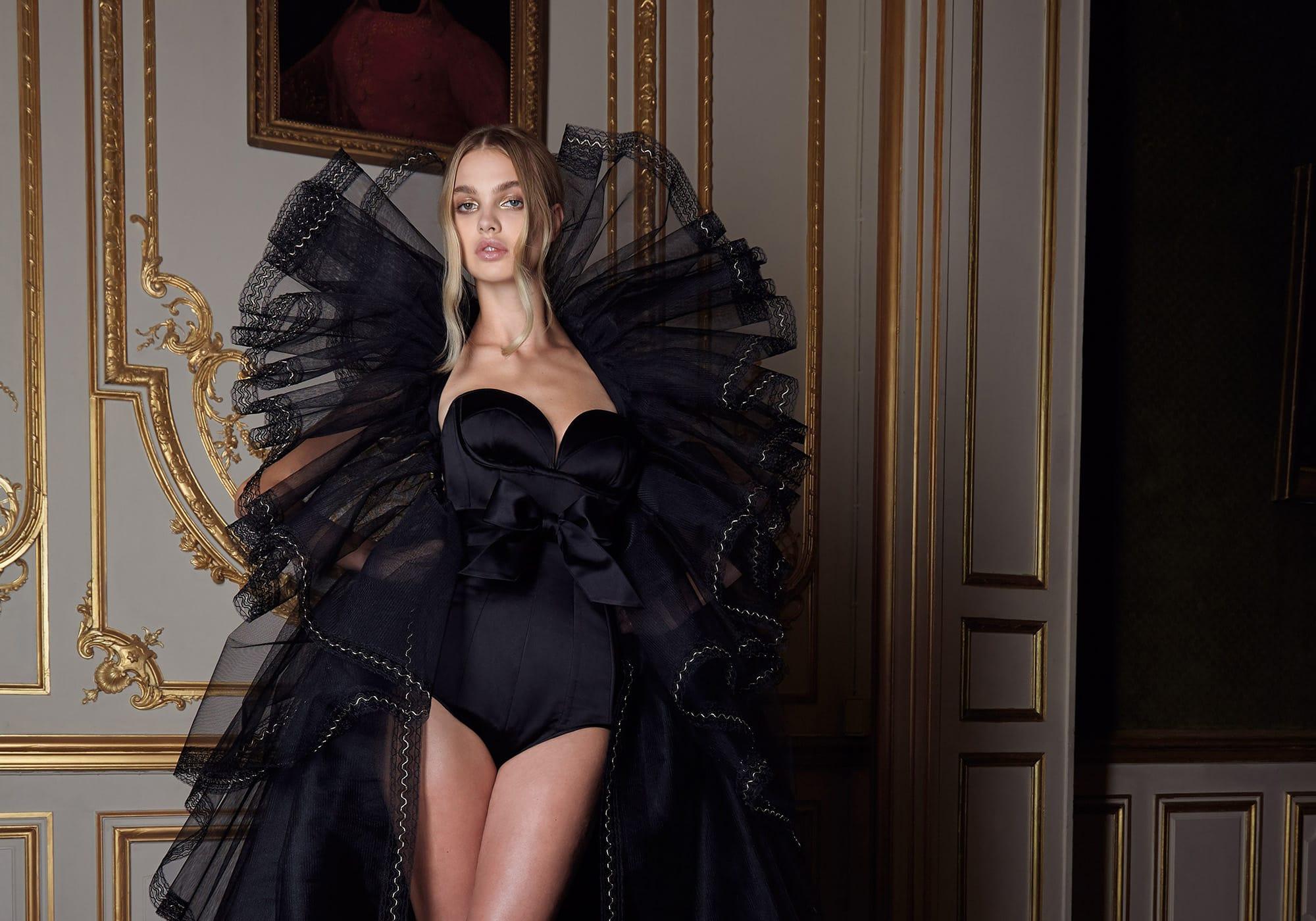 Интеллектуальная мода на показе Alexandre Vauthier Fall 2019