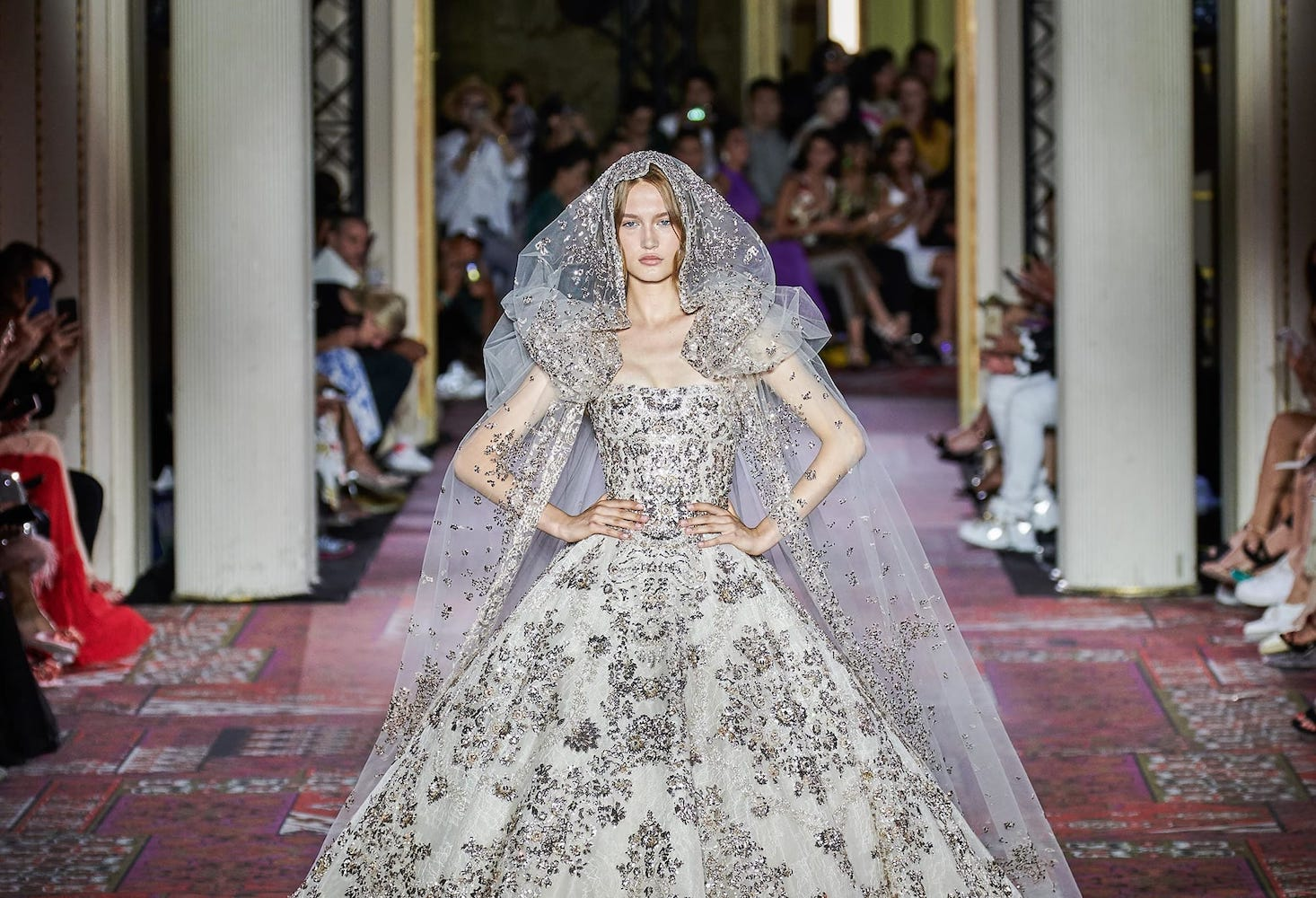 Миражи и оазис: Zuhair Murad fall/winter 2019-20 couture collection