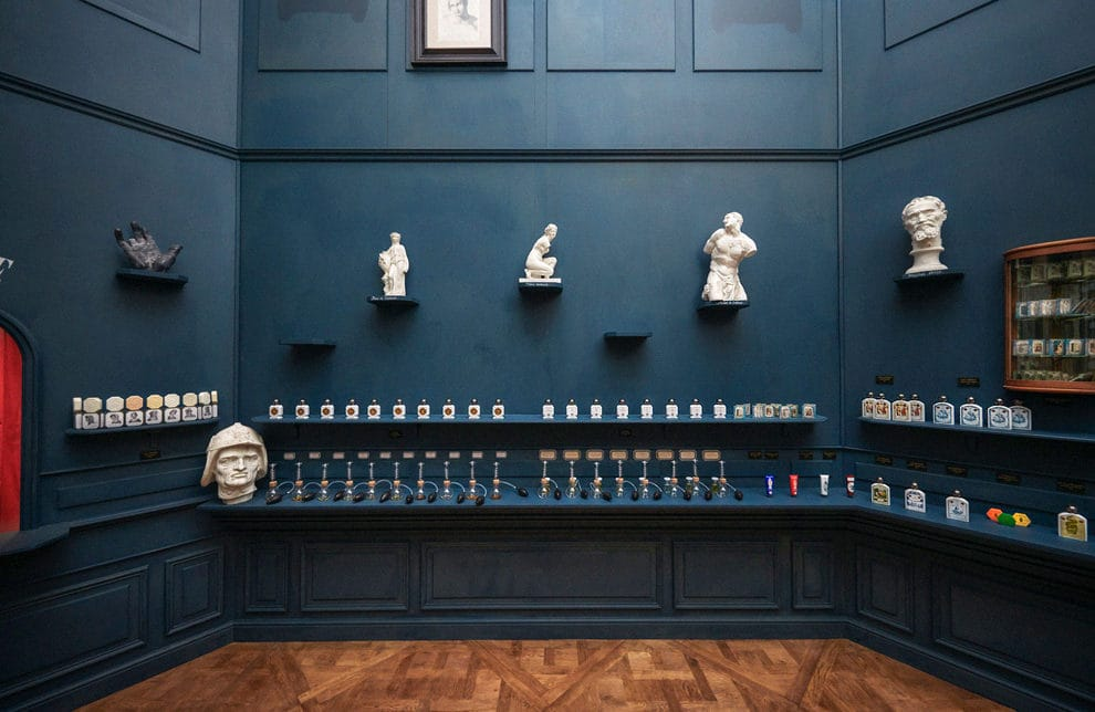 Louvre opens a perfume shop with fragrances inspired by the museum's masterpieces