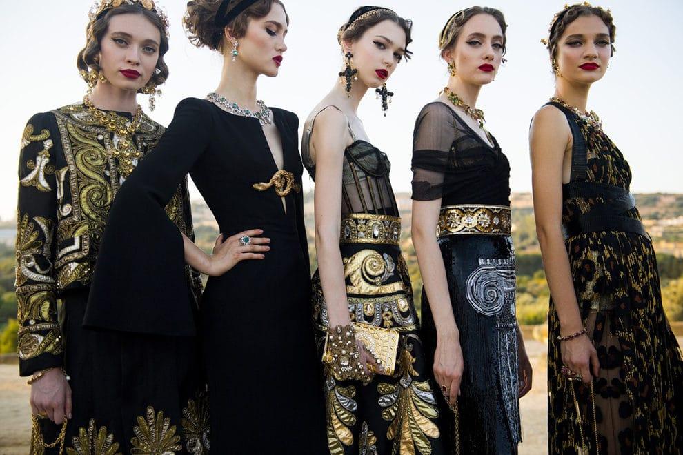 Античные мифы: шоу Dolce & Gabbana Alta Moda в сицилийском пантеоне
