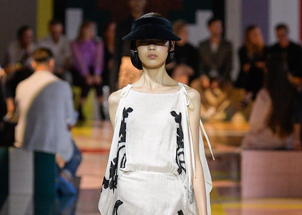 Цветок папоротника: весенняя коллекция Prada 2020