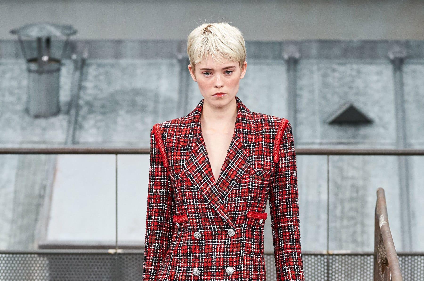 Показ готовой коллекции Chanel весна 2020