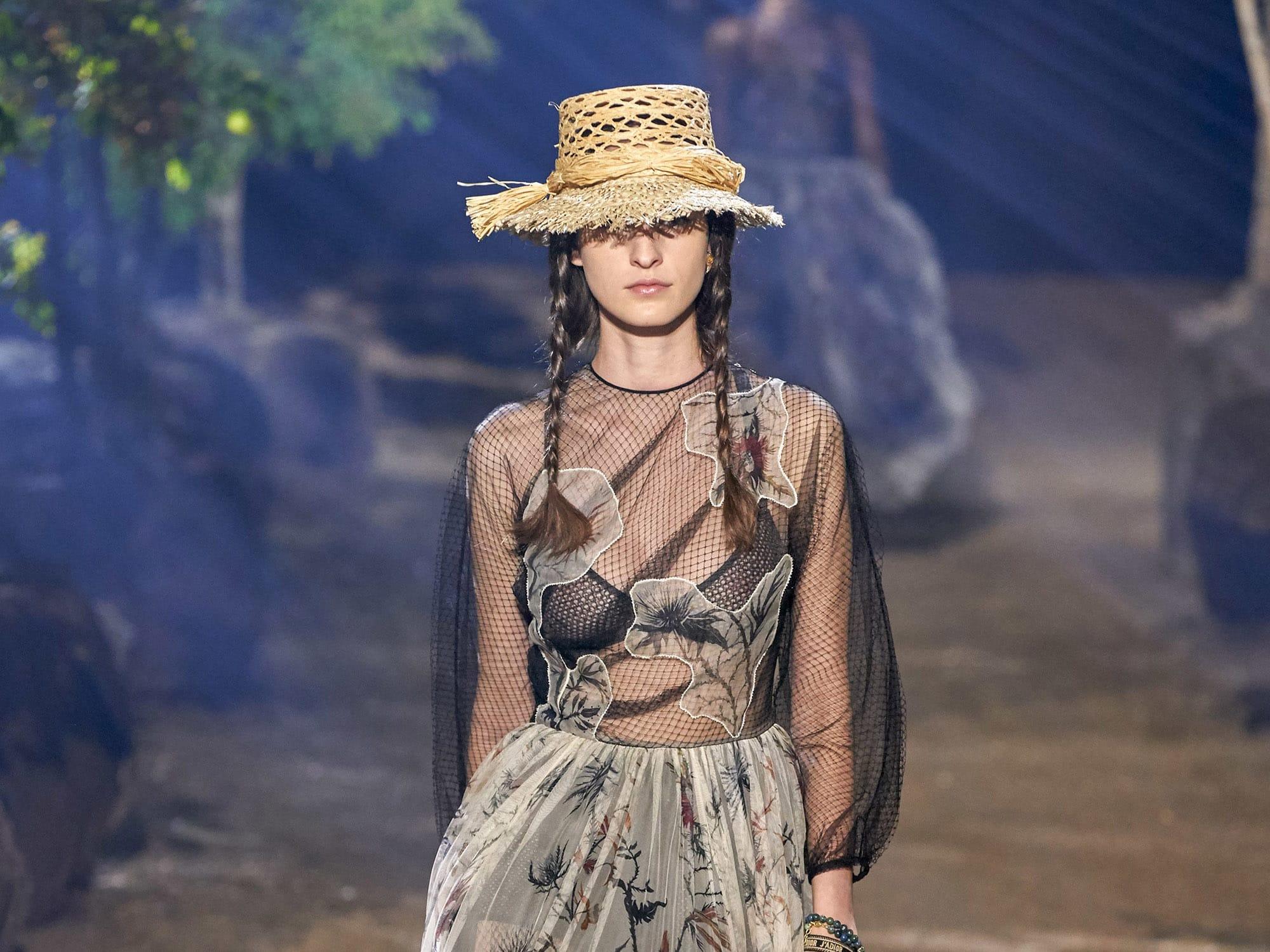 Тенистые аллеи: коллекция Christian Dior весна-лето 2020