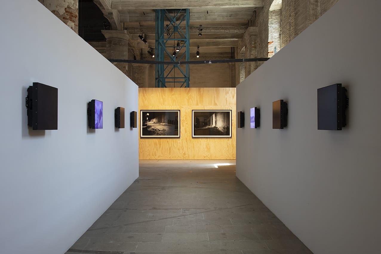 Венецианская жара Выставка искусства