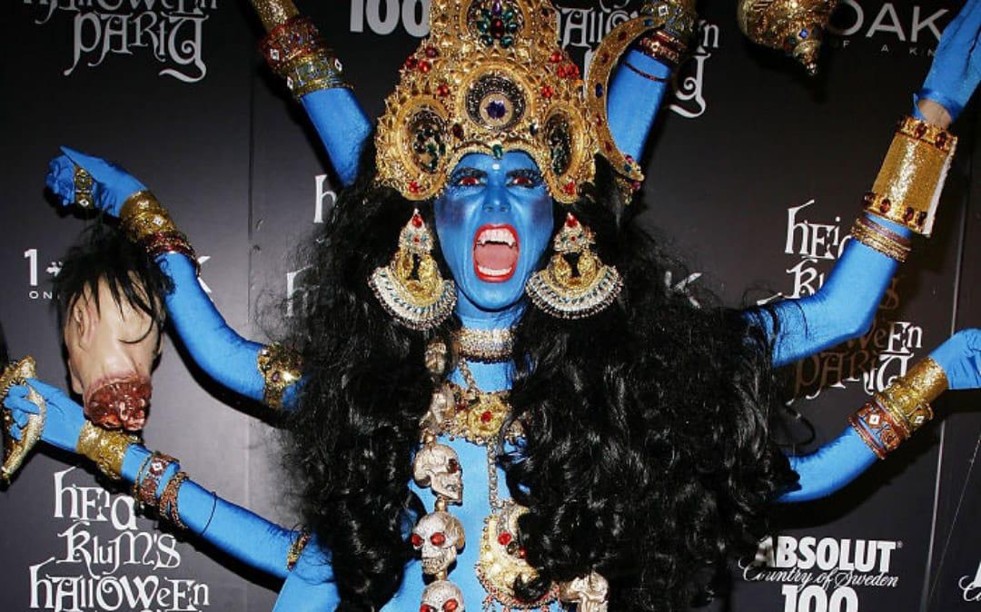 Самые яркие и невероятные костюмы знаменитостей на Хэллоуин