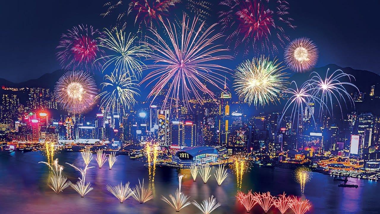 Новогодний фейверк в Гонконге