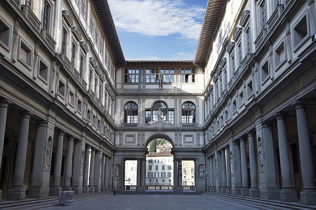 Культурный карантин: музеи, для посещения которых не нужно выходить из дома