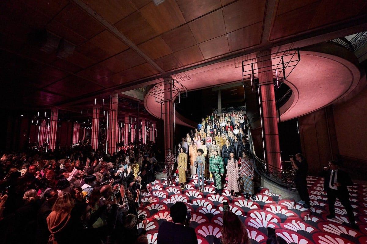 Парижская неделя моды. Miu Miu Осень Зима 2020/2021