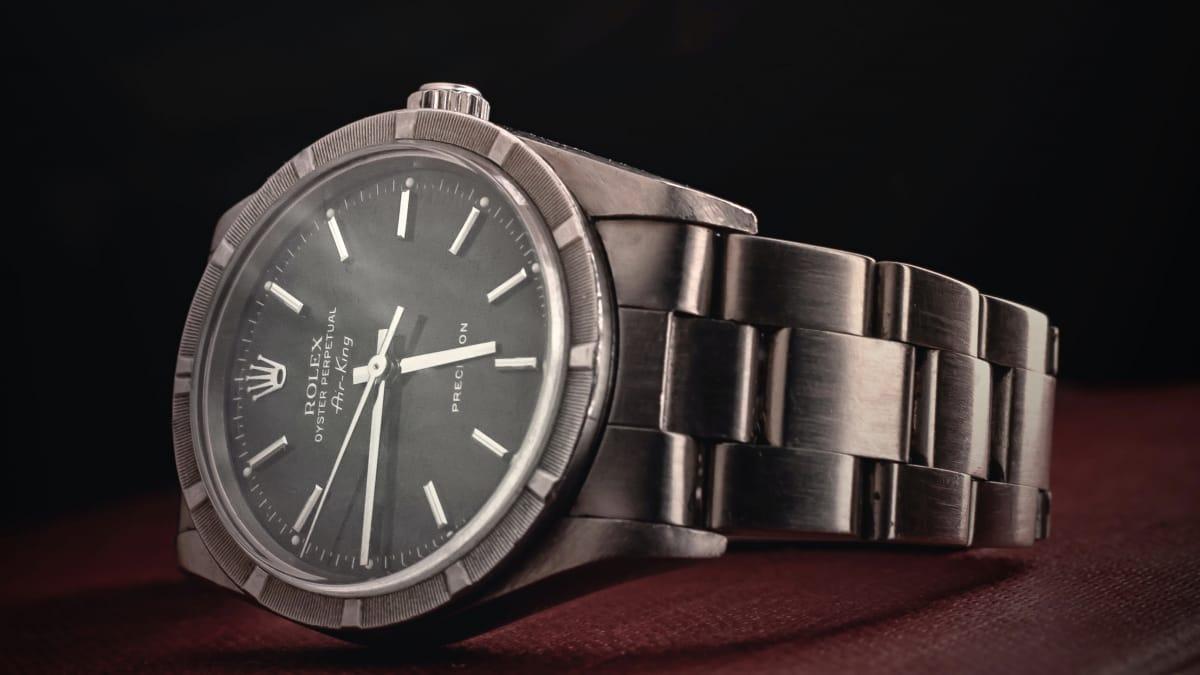 Люксовые часовые бренды откладывают выпуск новых моделей из-за пандемии COVID-19