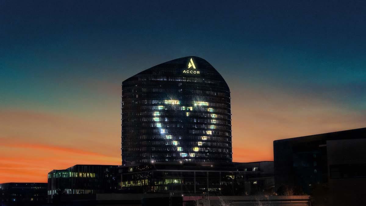 АКЦИЯ #HEART4ALL ОТ ACCOR