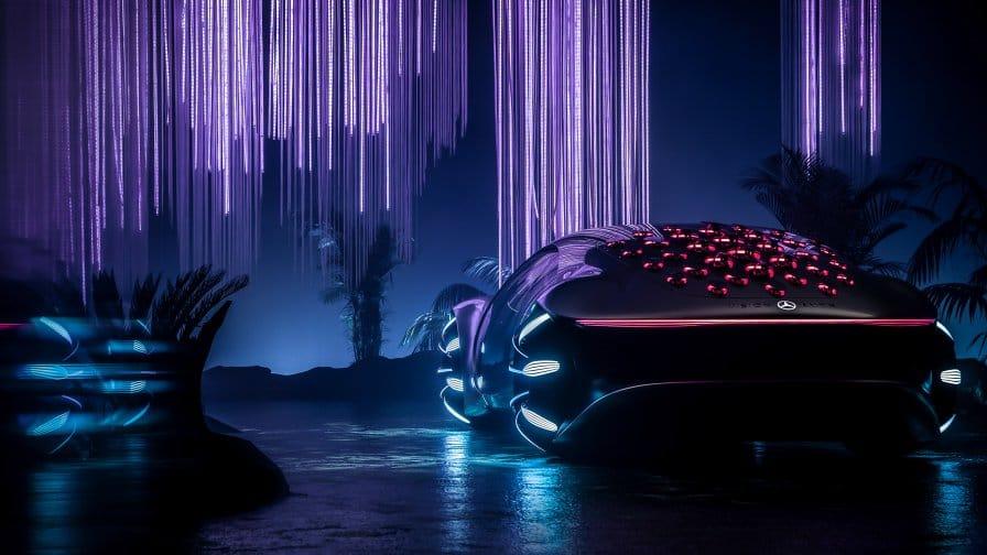 Автомобильный блогер @SupercarBlondie показала новую модель Mercedes-Benz VISION AVTR