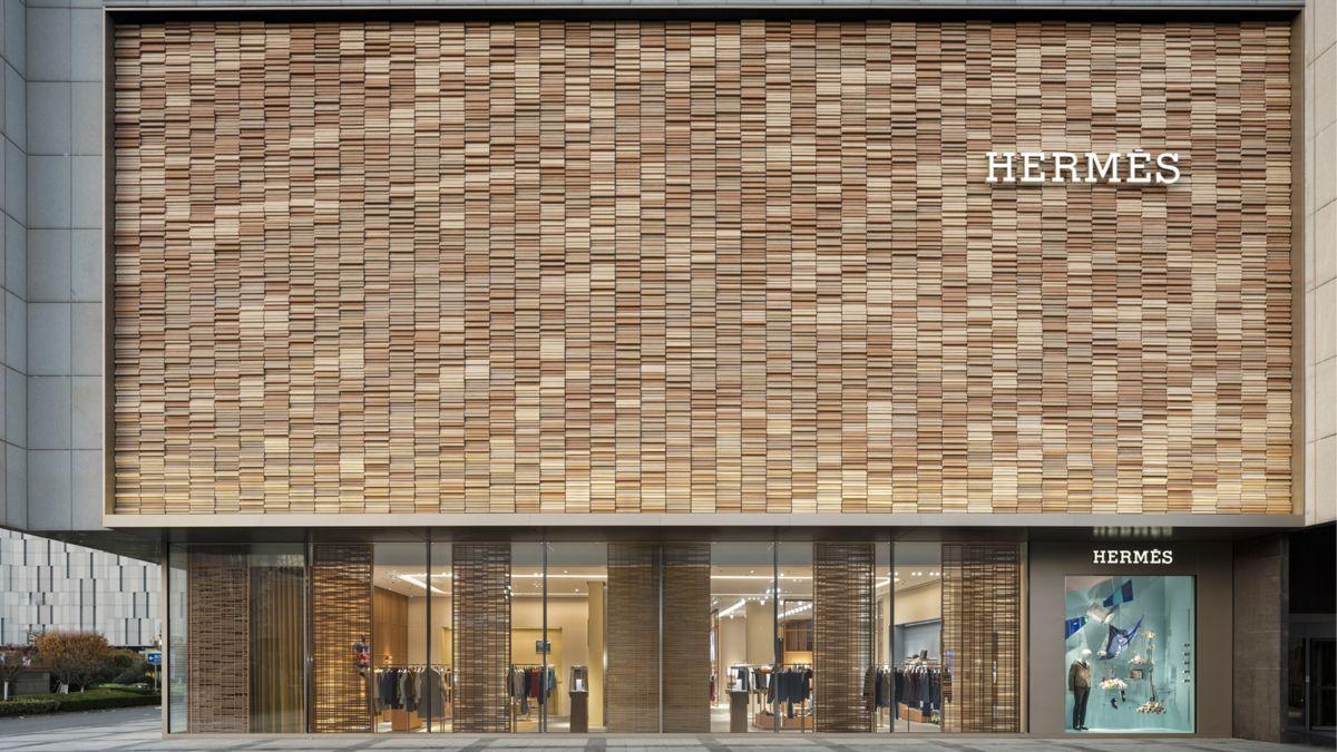 Выручка Hermès составила $2.7 миллиона в первый день работы магазина после карантина в Китае