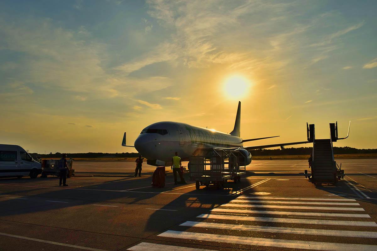 Аэропорт Абу-Даби ввел новые меры предосторожности для защиты от COVID-19
