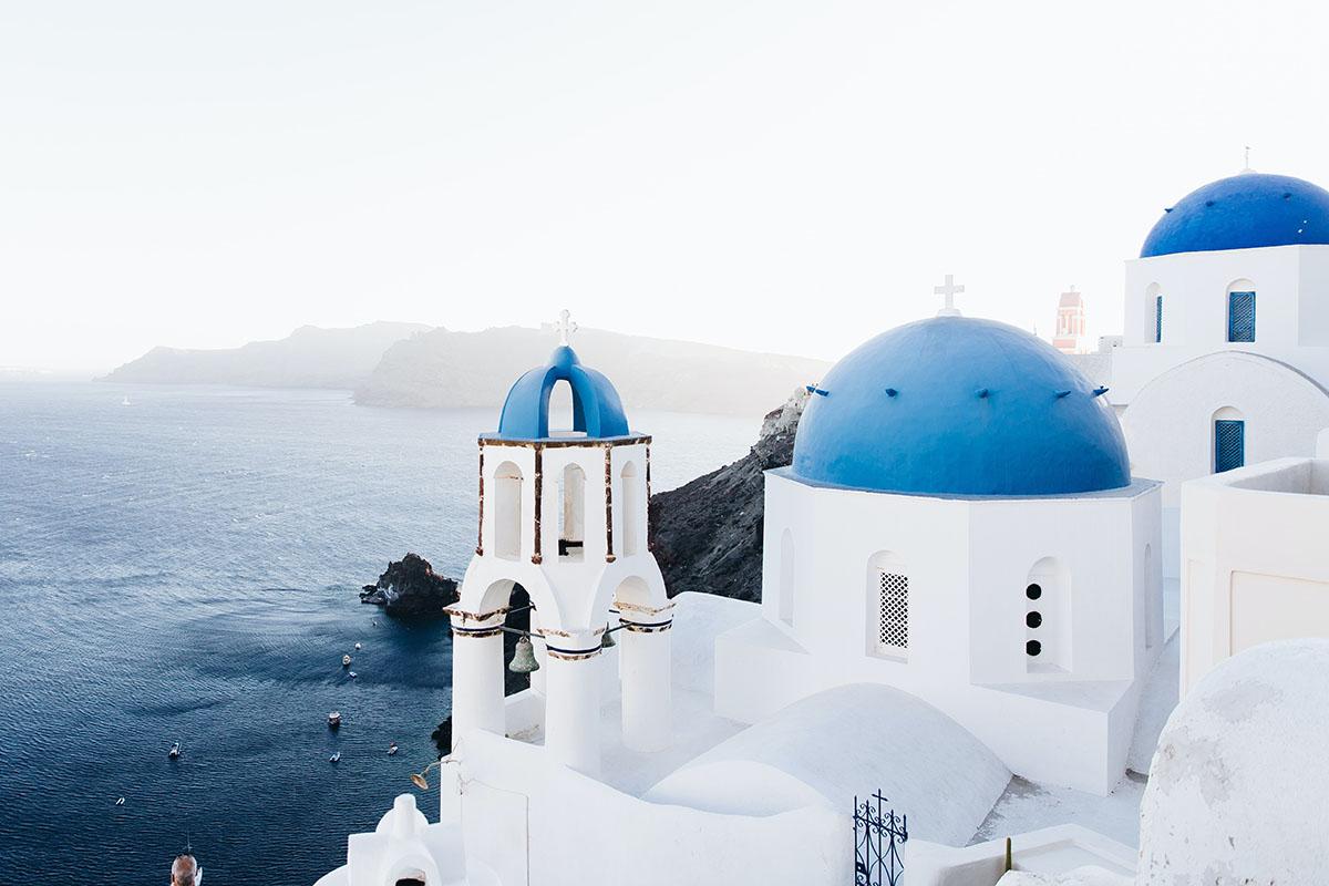 Греция начнет открывать границы для туристов с 1 июля