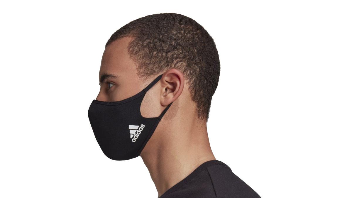 Adidas выпустил защитные маски для лица из переработанных материалов