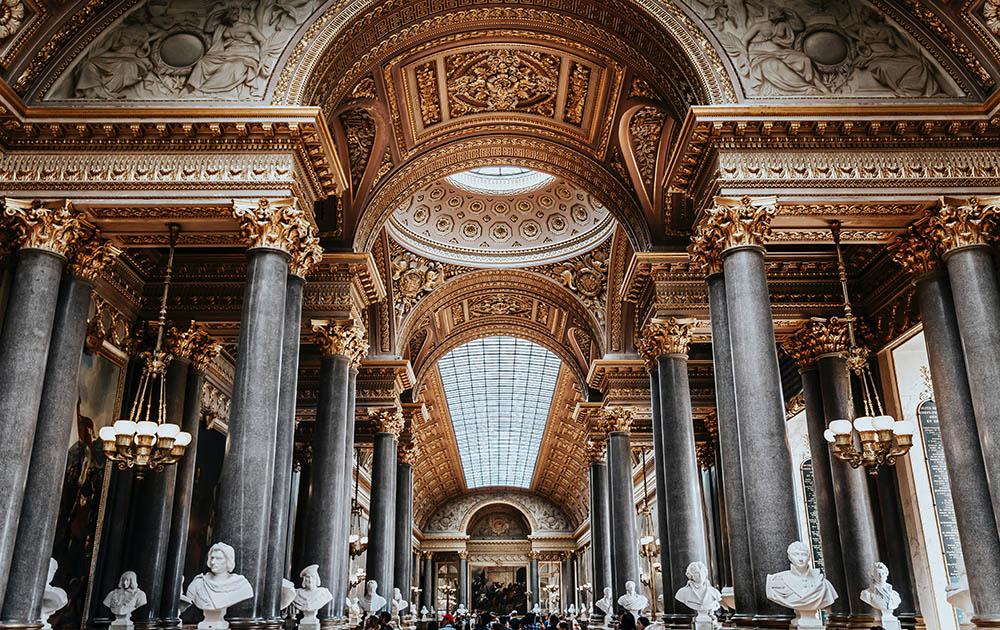 Версаль открывает свои двери для посетителей после карантина