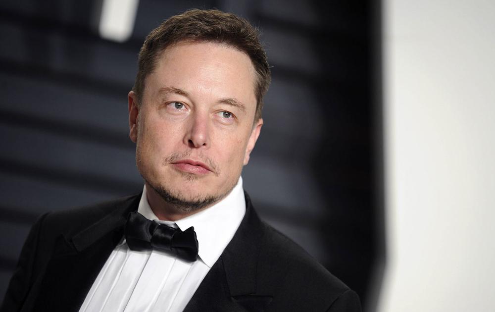 Илон Маск впервые вошел в пятерку богатейших людей по версии Forbes