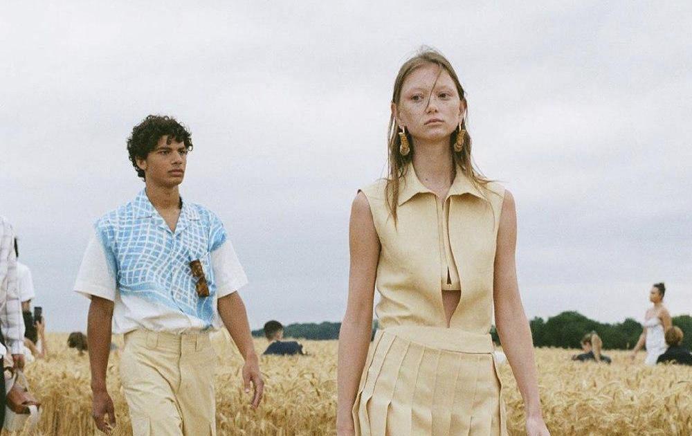 Показ новой коллекции Jacquemus L'amour прошёл в поле