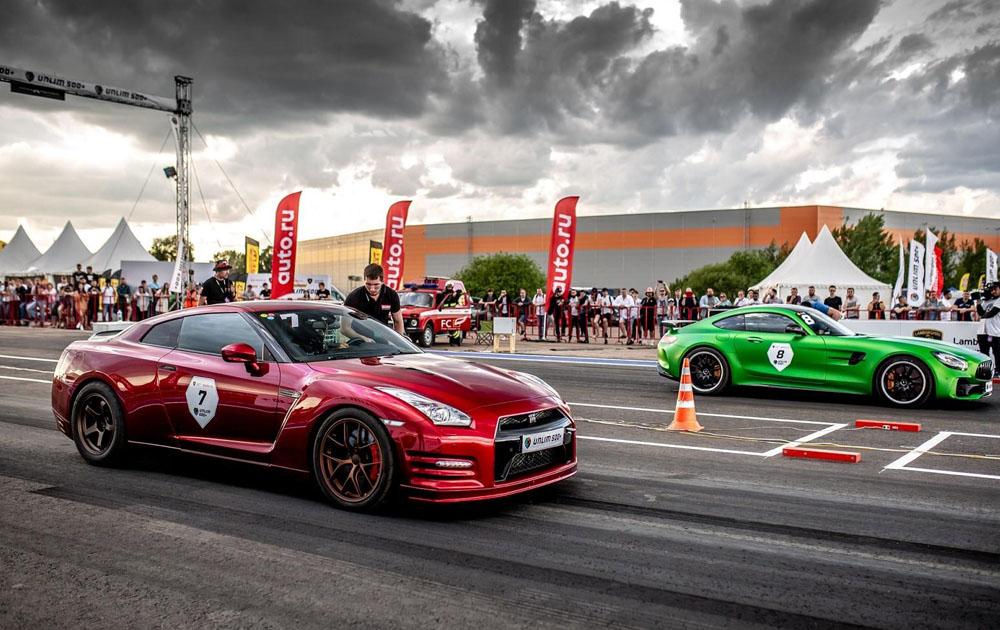 Заезд легендарных автомобилей: как прошел фестиваль суперкаров Unlim 500+