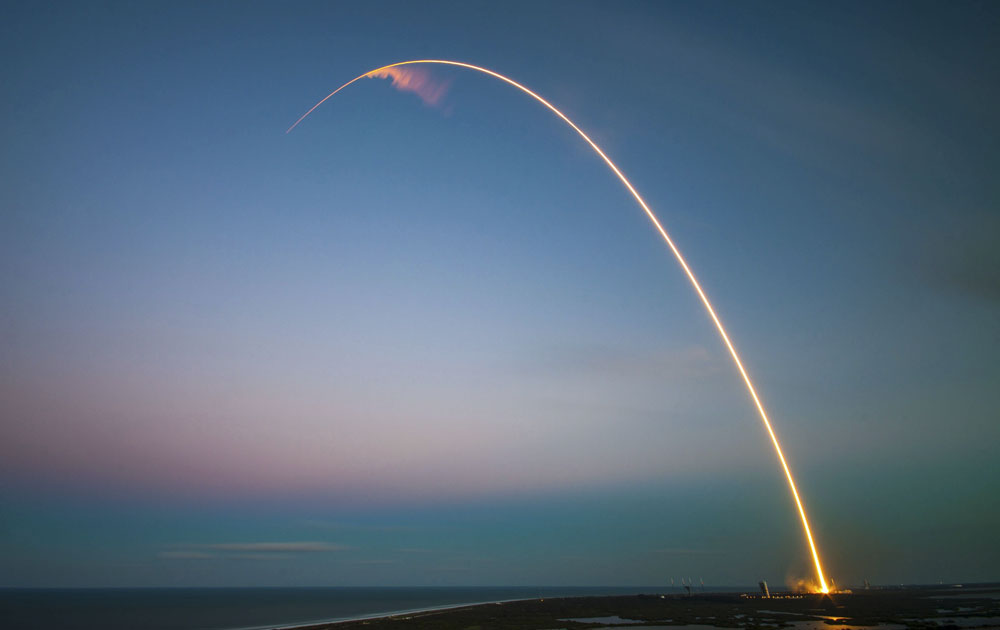 NASA и SpaceX успешно завершили миссию по запуску Crew Dragon