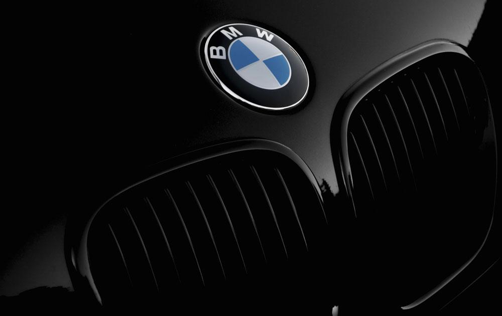 BMW представили тизер новой модели M3 Touring