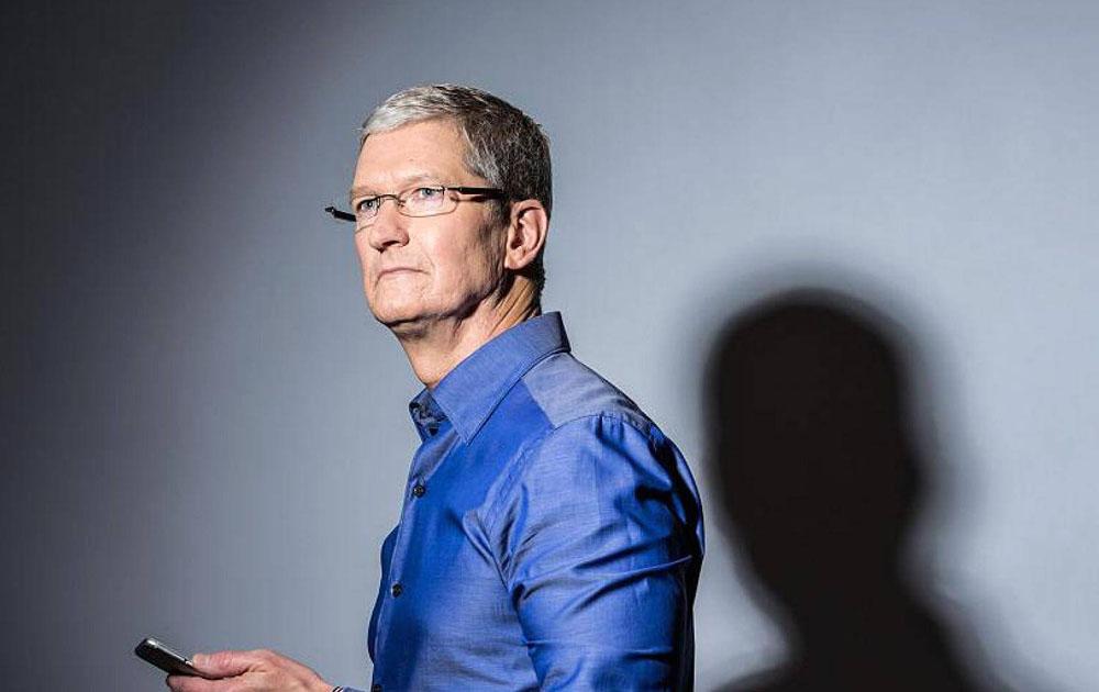Глава Apple Тим Кук официально признан миллиардером