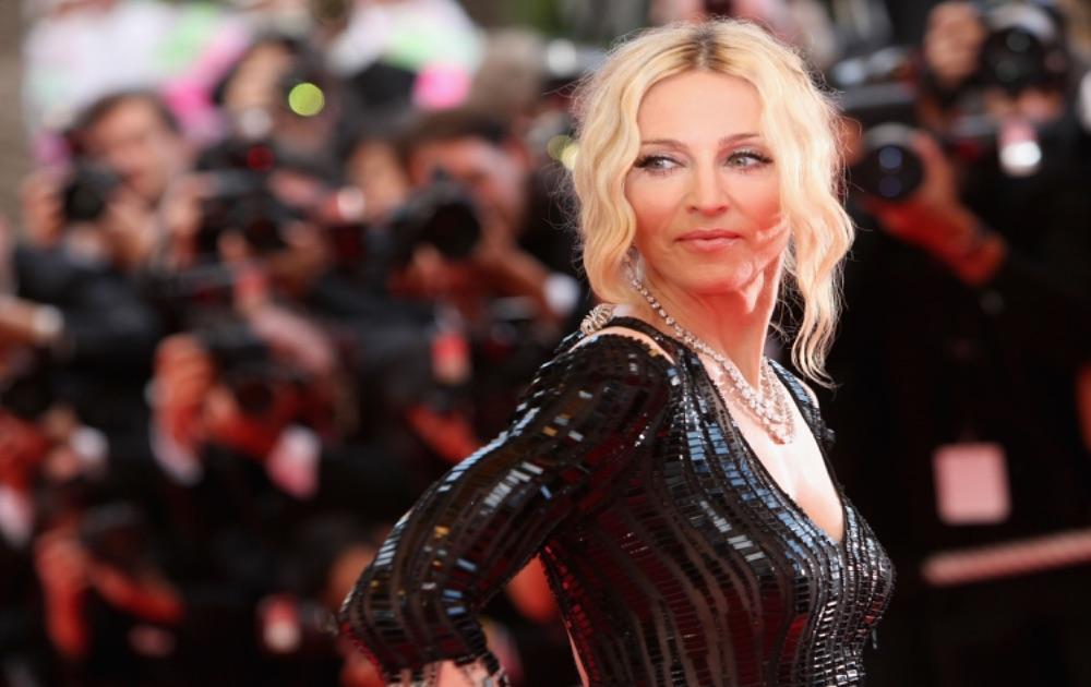 Universal Studios снимут биографический фильм о Мадонне