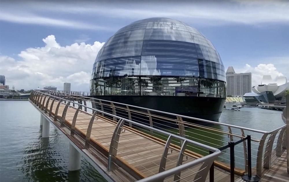Apple открыли новый магазин с уникальным дизайном в Сингапуре