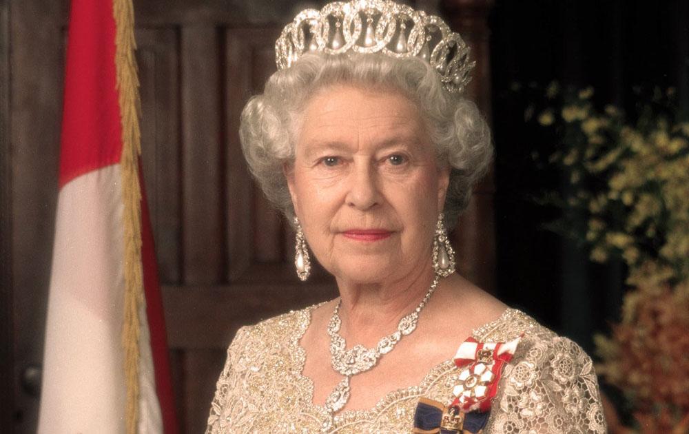 Елизавета II лишила Харви Вайнштейна всех титулов