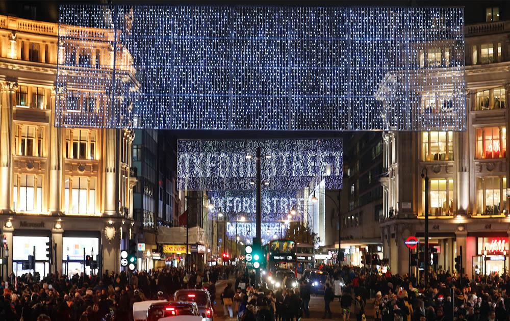 В Лондоне началась подготовка к Рождеству, несмотря на локдаун
