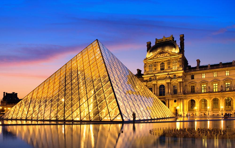 Christie's проведет аукцион в поддержку Лувра