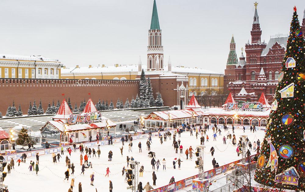 В Москве прошло открытие ГУМ-катка